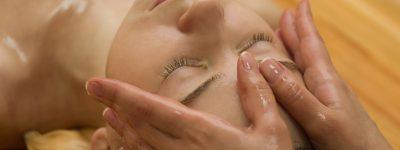 Mukha Abhyanga   Massage ayurvédique   Les Cinq Sens Hélène Le Saget   Meylan - Grenoble