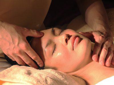 Marmathérapie | Massage ayurvédique | Les Cinq Sens Hélène Le Saget | Meylan - Grenoble